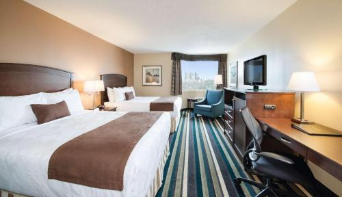 Best Western Plus Winnipeg Airport Hotel - Winnipeg, MB R3H 0G1
