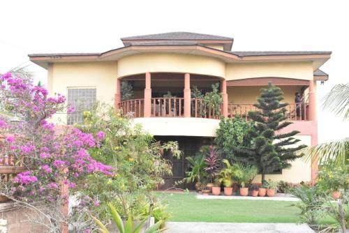 Africaribe Villa, Awutu Efutu Senya