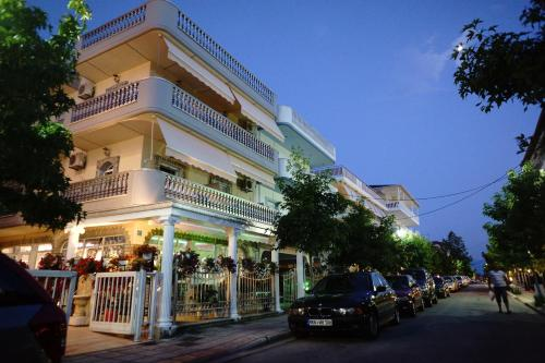. Blue Dream Hotel