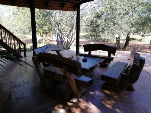 African Extreme Safaris bush lodge