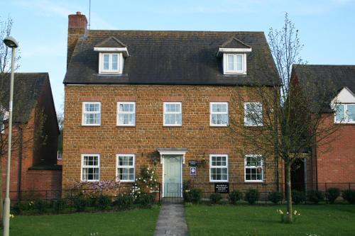 Hanwell House (Bed & Breakfast)