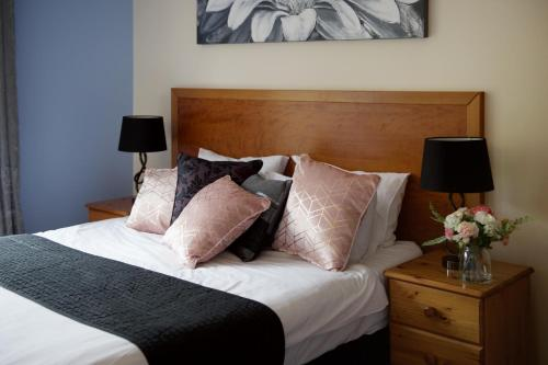 Little Foxes Hotel & Gatwick Airport Parking