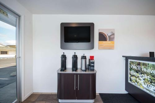. Motel 6-Burlington, WA