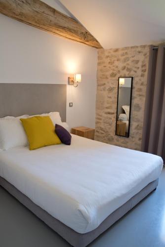 . Hôtel Le 23
