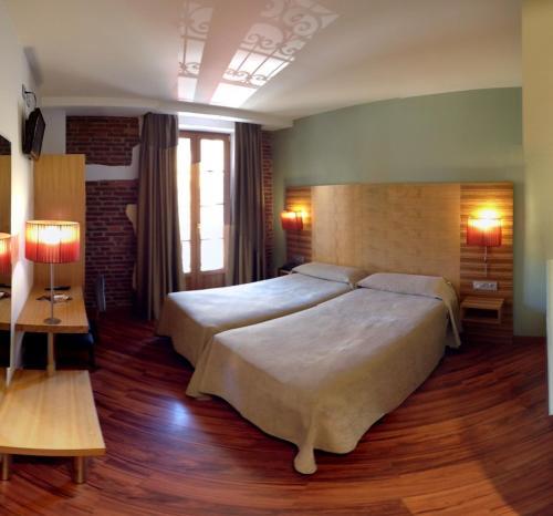 Habitación Doble - 1 o 2 camas Hotel Spa QH Centro León 9