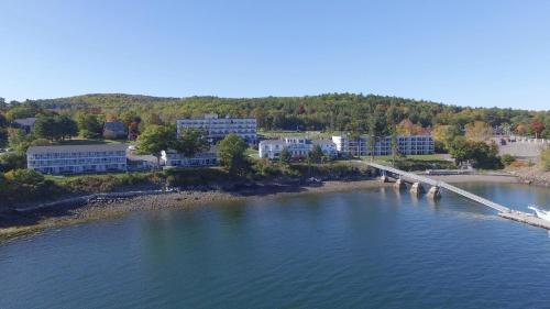 . Atlantic Oceanside Hotel & Conference Center