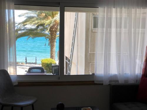 Larnaca Flat On The Beachside