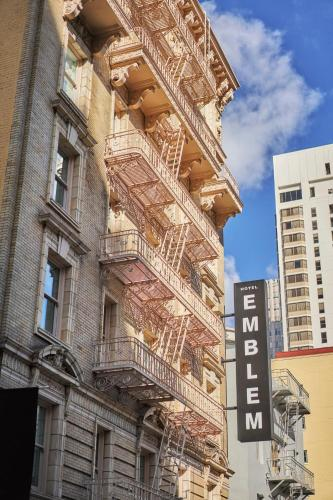 562 Sutter Street, San Francisco, California 94102, United States.