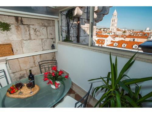 . Riva Royal Lounge Apartment