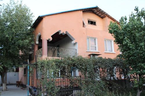 Er-Nur Hostel, Turkestan