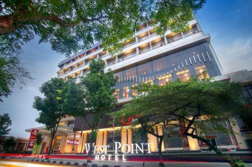 Hotel West Point Hotel Bandung