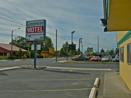 . Greenway Motel