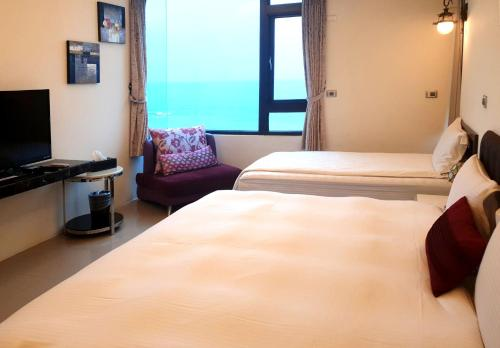 側面海景豪華雙人房 (Deluxe Double Room with Side Sea View)