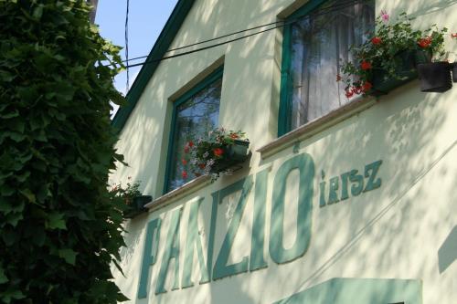 Írisz Panzió, Pension in Budapest