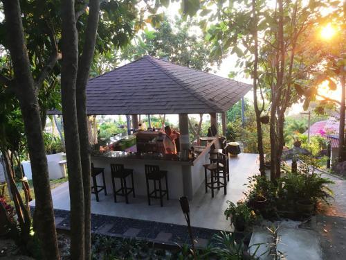 81/15, moo 8, Haadchaophao Ko Phangan 84280, Suratthani, Thailand.