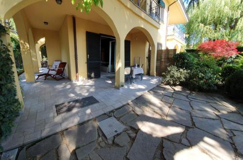 ROSE'S GARDEN - UN ANGOLO DI QUIETE - Apartment - Pino Torinese