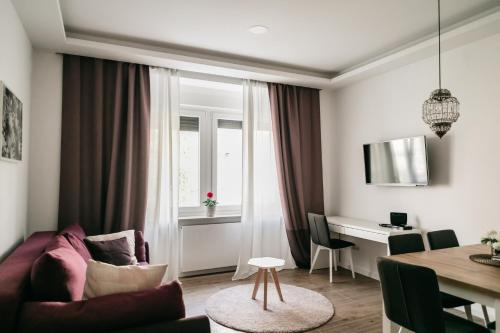 Hotels Near Batak Grill Kvatric Zagreb Best Hotel Rates Near Restaurants And Cafes Zagreb Croatia