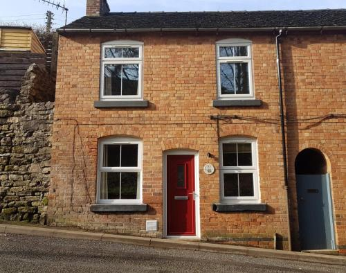 Poppy Cottage, Ashbourne Town Centre, Derbyshire