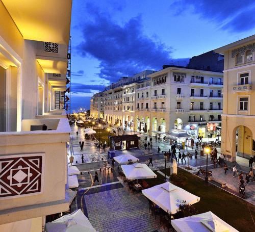 Roomore Apartments, Pension in Thessaloniki