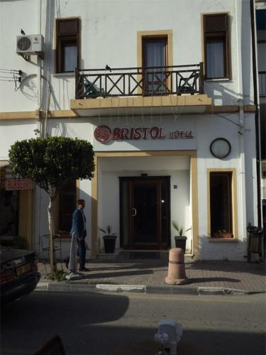 Hotel Bristol Girne