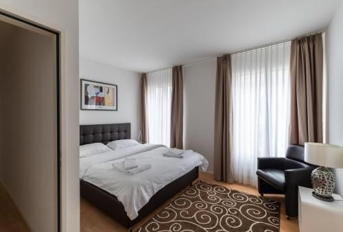 Fully furnished apartmetn
