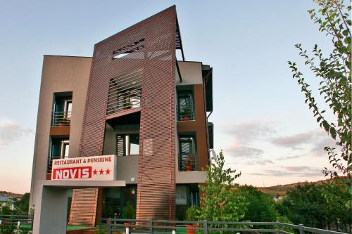 Hotel Pensiunea Novis