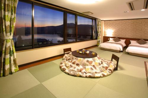 Deluxe Room with Tatami area - Non-Smoking