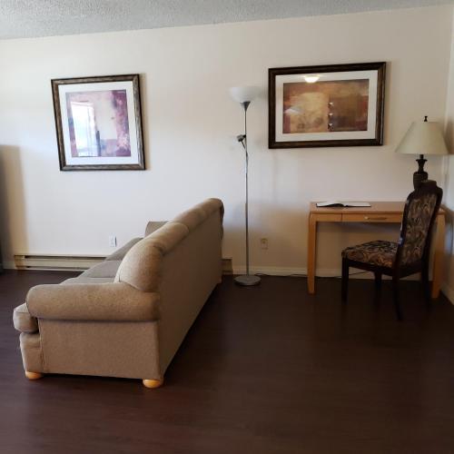 ☆MOUNTAINSIDE COMFORT☆5Min to Golf & Ski - Apartment - Kimberley