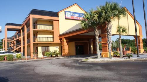 . Home Town Inn & Suites
