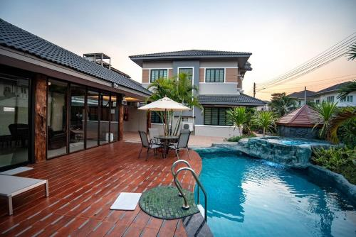 VIP Pool Villa for Family by CM Beyond Property VIP Pool Villa for Family by CM Beyond Property
