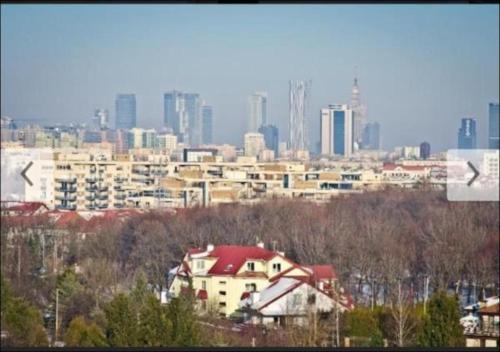 PandO Service Apartments Close To Miasteczko Orange