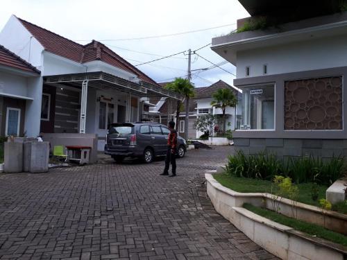 Home stay C1, Malang