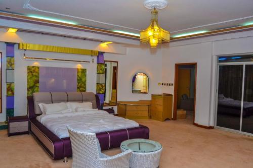 Laserena Hotel Kisii, Nyaribari Chache