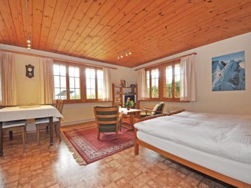 Chalet Bodenweg - Apartment - Frutigen