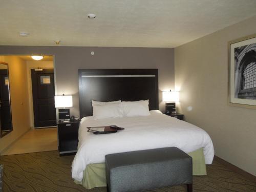 Hampton Inn & Suites - Elyria, OH in Elyria