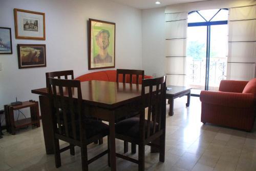 Hotel Apartamentos Juanambu /Centenario