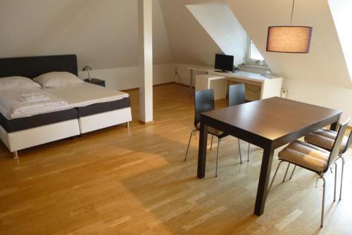A Hotelcom Zum Löwen Hotel Bad Homburg Vor Der Höhe