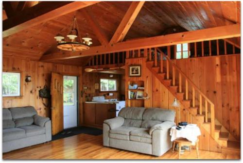 Stonington Clearview Cottage Cabin, Delta