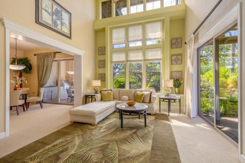 . Palm Leaf Condominium Condo