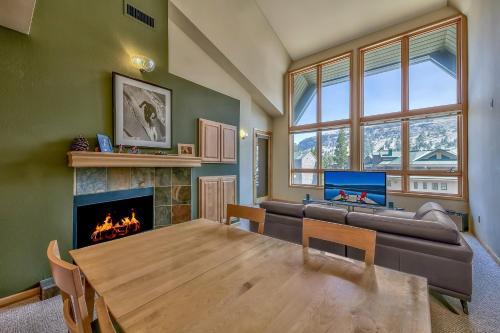 SC207 SnowCrest - Apartment - Kirkwood