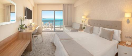 Twin Room with Sea View and terrace (3 Adults + 1 Child)