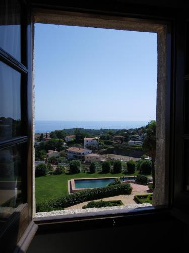 Double or Twin Room with Sea View Can Mora de Dalt 10