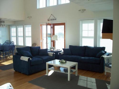 W145 Fessler Home, Washington