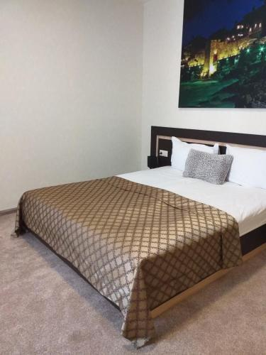 Central Point Boutique Hotel - Photo 7 of 34