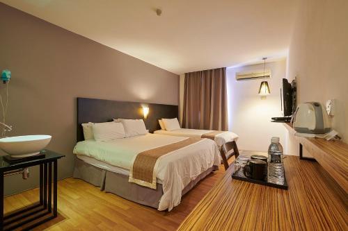 The Leverage Business Hotel - Kuala Kedah - Photo 1 of 27