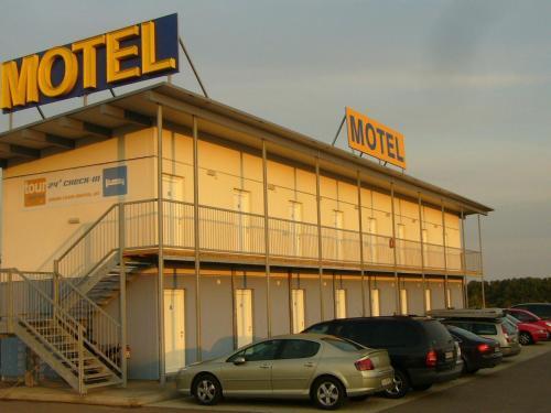 . Tour-Motel