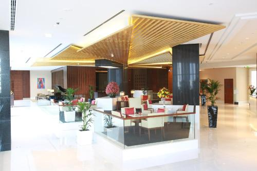 The Oberoi Centre, Al A'amal Street, Business Bay, Dubai, UAE.