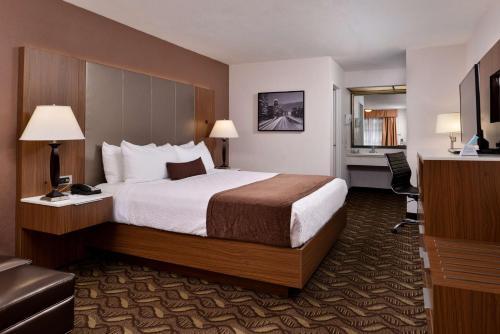 Best Western Airport Plaza Inn - Los Angeles LAX Airport - Inglewood, CA CA 90302
