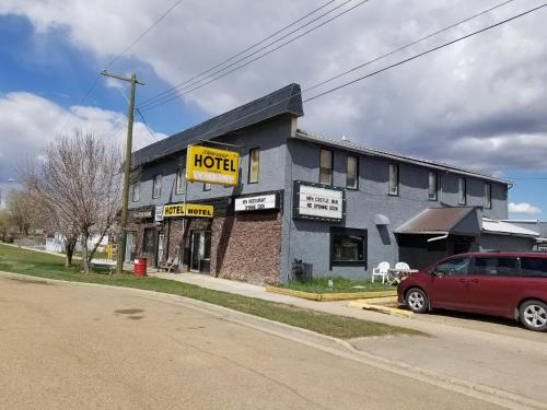 Dinosaur Hotel & Newcastle Bar - Drumheller, AB T0J 0Y2