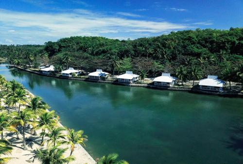 . Golden Sands Destination Resorts